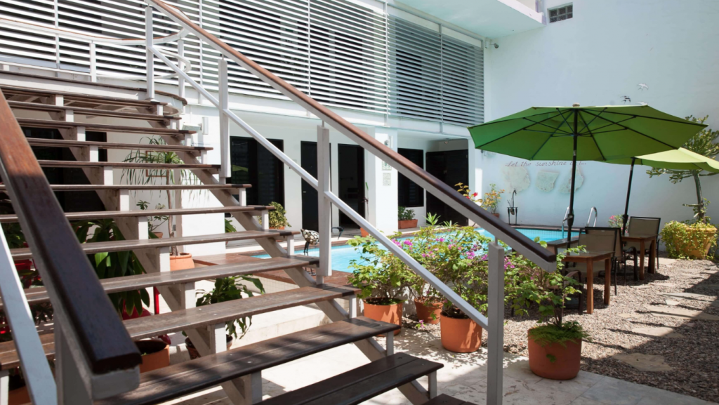 Hotel casa ticul in playa del carmen inmexico for Designhotel 54