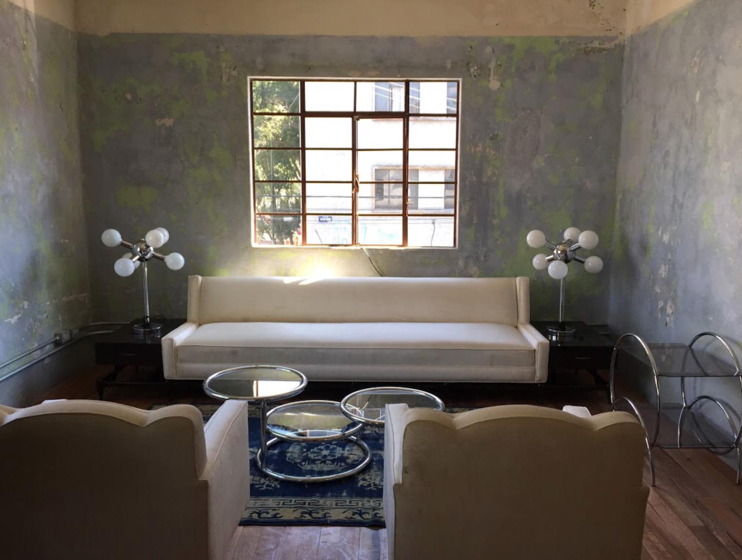 Decada Is A Vintage Furniture Store At The Santa Maria La Ribera Inmexico